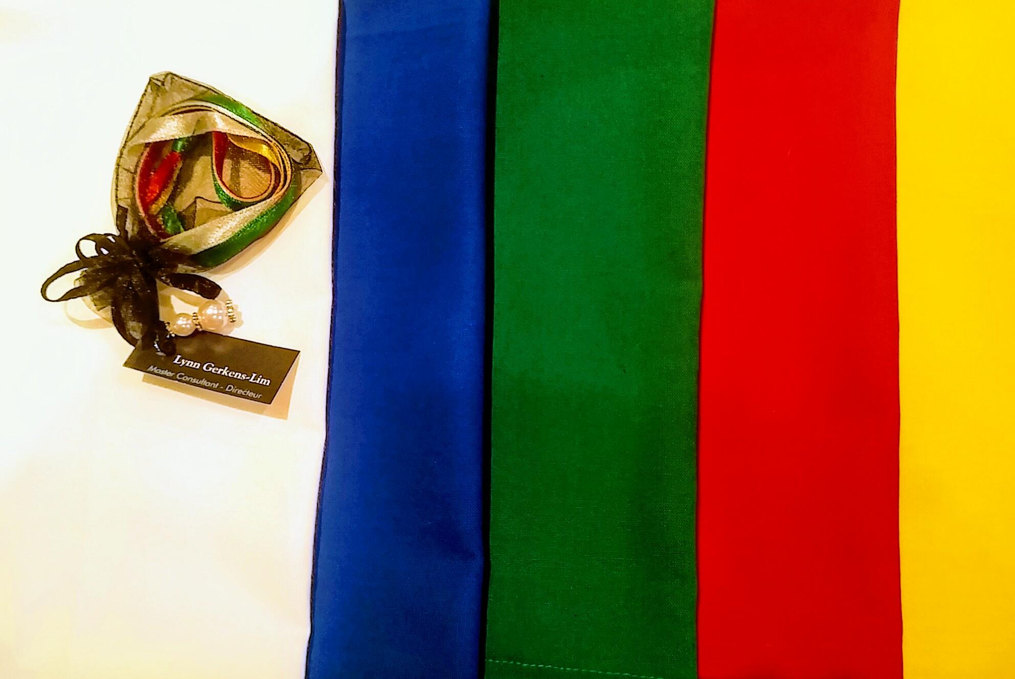 5 kleuren welvaartsvaas doeken linten lll cosmic green for Feng shui kleuren