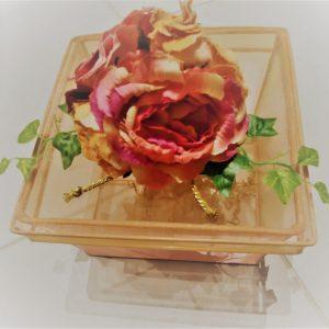 Mand pioen rozen perzik